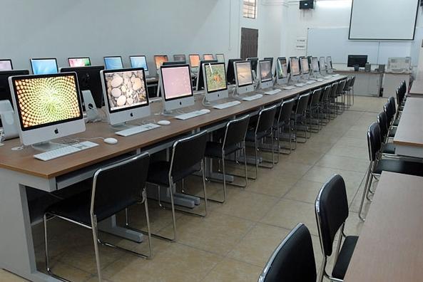 苹果电脑实训室
