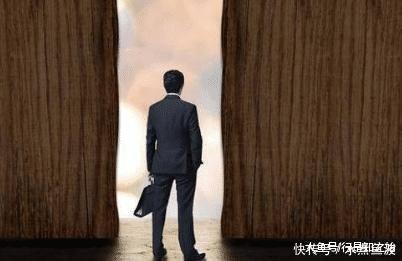 """美国的唐人街如今""""人去楼空"""",美国媒体爆出原因,让人值得深思"""