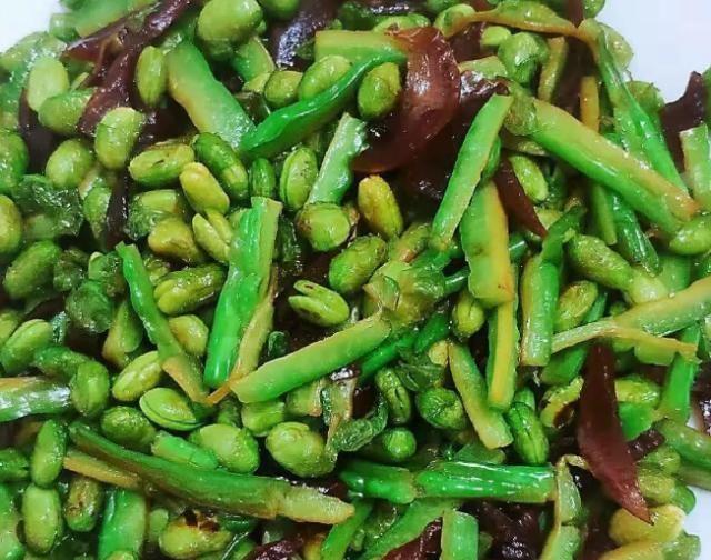 大叔家的萧山菜:苦瓜炒萝卜干,香气扑鼻,软糯味美,家人喜欢