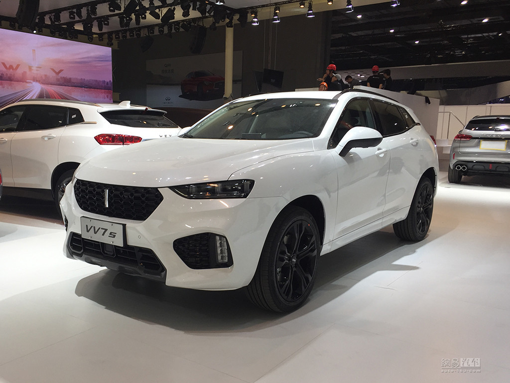 在2017上海车展上长城汽车wey vv7正式上市新车中文名魏派,据悉本次