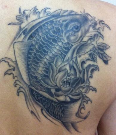 鲤鱼跃龙门纹身图稿