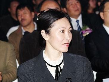 王健林的老婆姓林,叫林宁