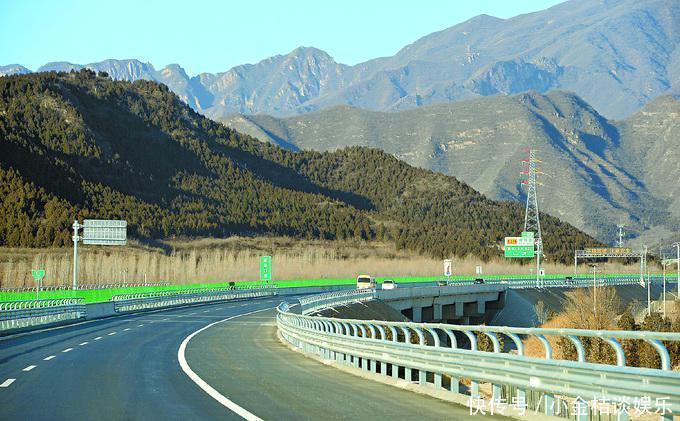 五一公路免收费去哪玩?京城周边自驾游路线攻略已备好