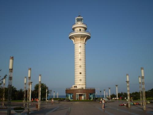 广场概述 日照灯塔风景区因区内设有灯塔而得名.