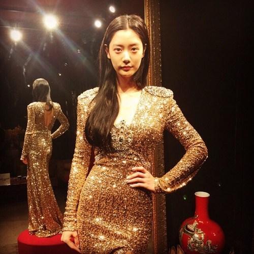 亚洲第一美女,巨乳翘臀,火辣身材完美身材比例 - 蔷薇花 - 蔷薇花