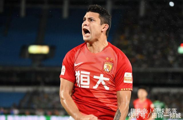 """中国足球首位归化球员""""消失""""42天国安2任主帅都不想用他"""