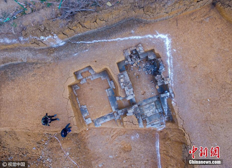 广东珠海挖出的白蛇墓